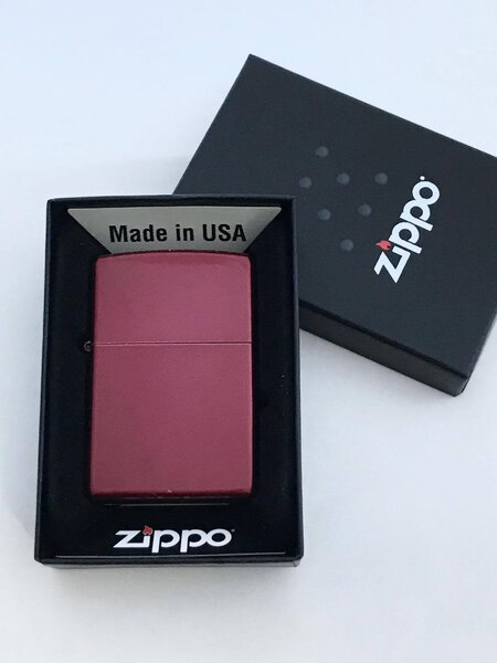Zippo Candy Apple Red запалка